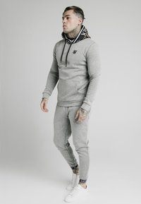 SIKSILK - MUSCLE FIT OVERHEAD HOODIE - Hoodie - grey marl - 0