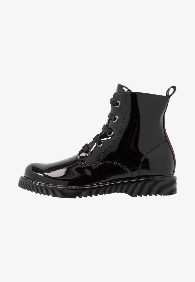 Tommy Hilfiger - Šněrovací kotníkové boty - black
