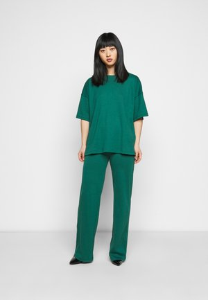 WIDE LEG SET - Trousers - green