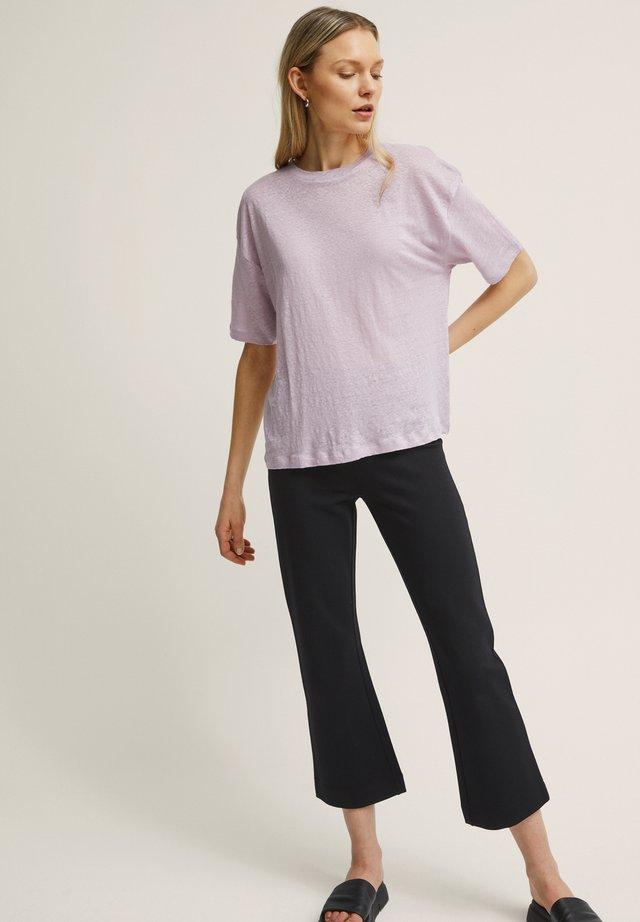 ALVA LINEN - Basic T-shirt - dawn pink