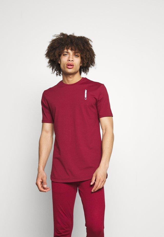 WARRIOR TEE - T-shirt imprimé - maroon