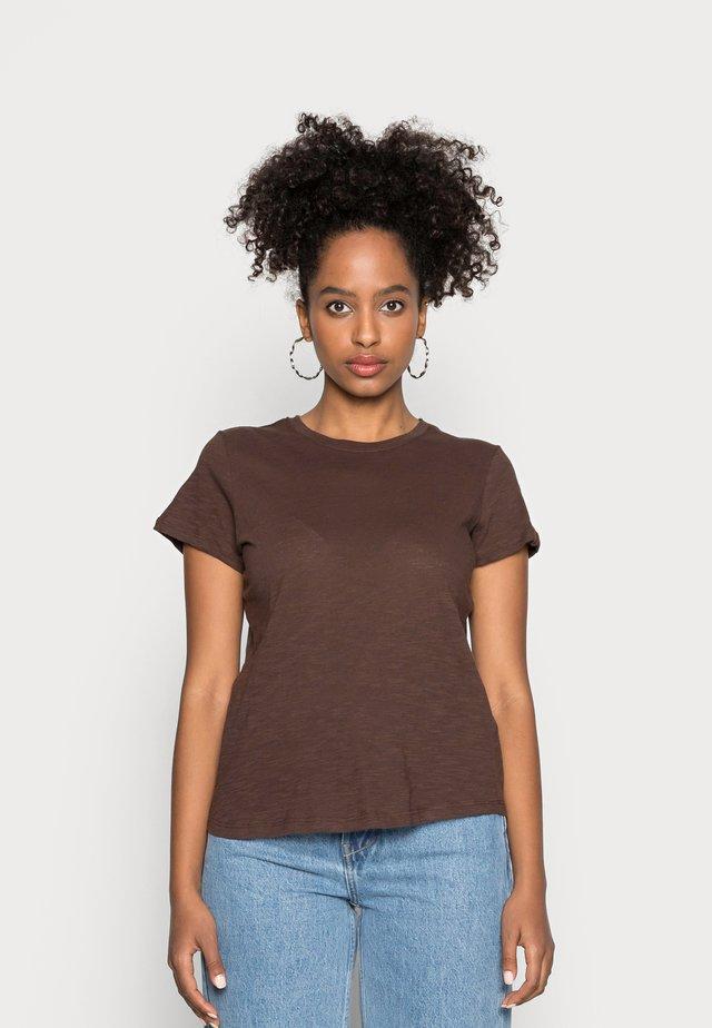 THE CREW - Basic T-shirt - coffee bean