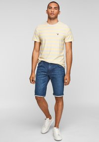 s.Oliver - REGULAR - Denim shorts - blue - 1