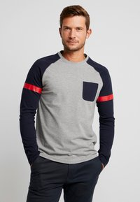 TOM TAILOR DENIM - LONGLSLEEVE CUTLINE - Långärmad tröja - middle grey mélange - 0