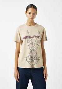 PULL&BEAR - Print T-shirt - light yellow - 0