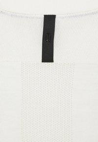 Nike Golf - TIGER WOODS CREW  - Sweter - summit white/black - 2