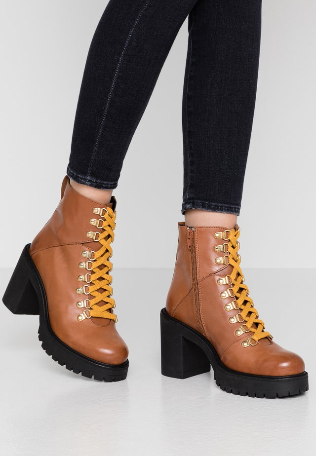 BIACURTIS BOOT - High heeled ankle boots - cognac
