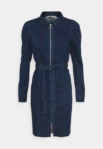 ONLFLEUR LIFE PUFF DRESS - Denim dress - dark blue denim