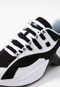Kappa - OVERTON - Sports shoes - white/black - 5