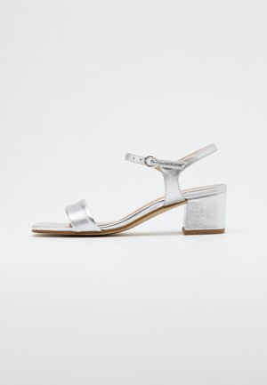 LEATHER SANDALS - Sandály - silver