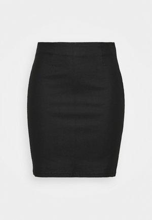 PCPARO COATED SKIRT - Pencil skirt - black