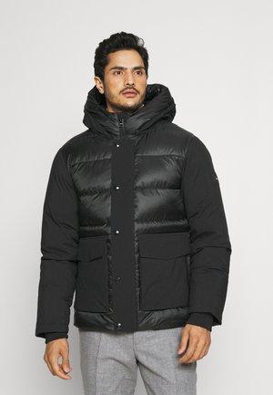 TECH MIX MEDIA HOODED JACKET - Winter jacket - black