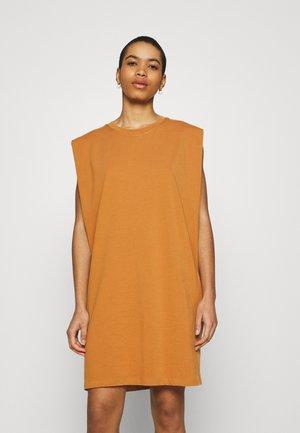 EDITH DRESS - Jersey dress - brown sugar
