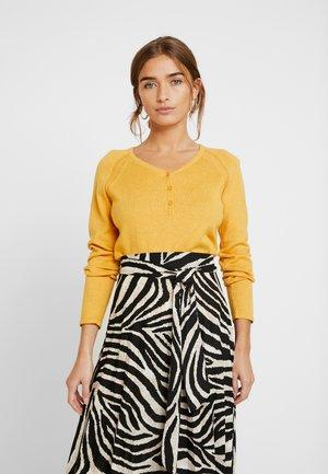 HENLEY - Sweter - honey yellow
