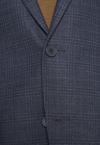 Isaac Dewhirst - CHECK SUIT - Suit - dark blue - 6