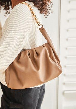 CHUNKY CHAIN SLOUCHY - Across body bag - brown