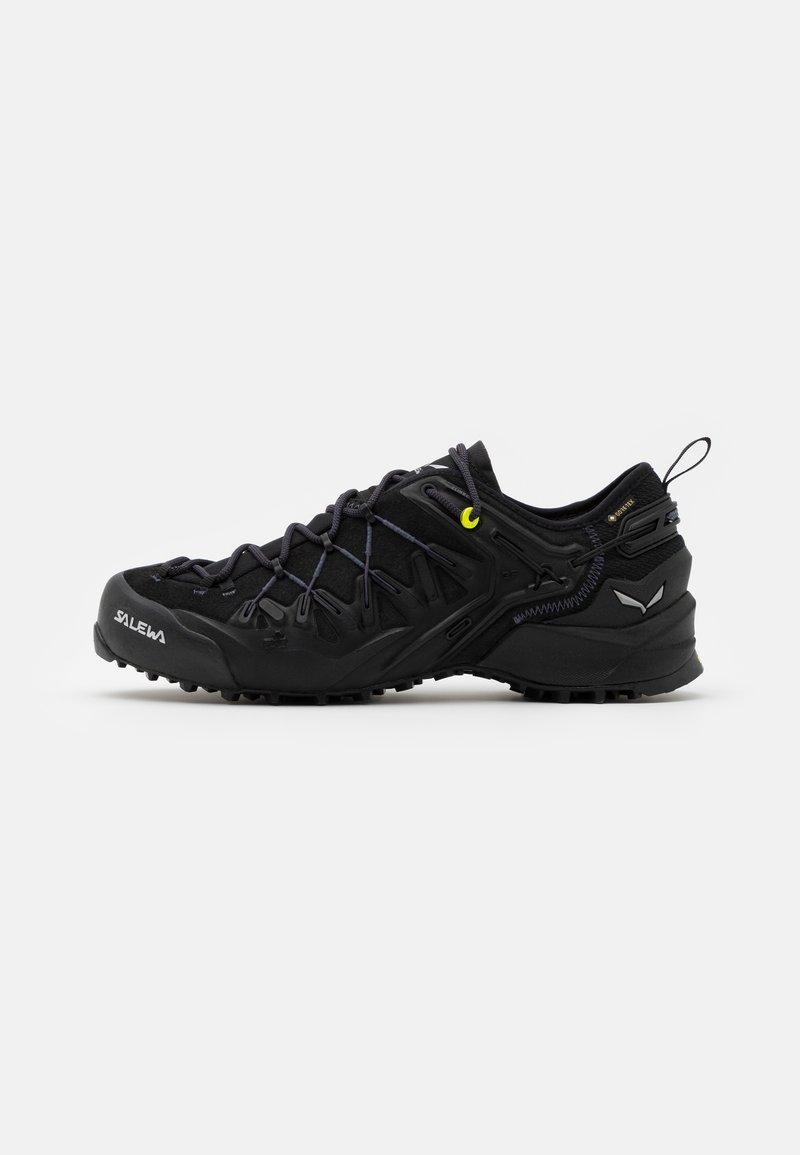 Salewa - MS WILDFIRE EDGE GTX - Hiking shoes - black