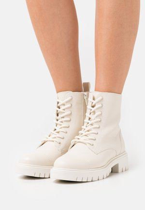 REILLY - Veterboots - white
