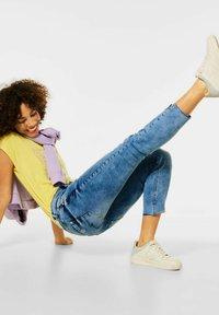 Street One - MIT NIETEN - Slim fit jeans - blau - 2