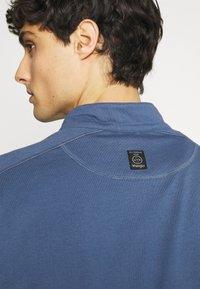 Wrangler - ALL TERRAIN GEAR ZIP - Långärmad tröja - dark blue - 5