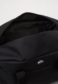 Quiksilver - MEDIUM SHELTER II - Sports bag - black - 2