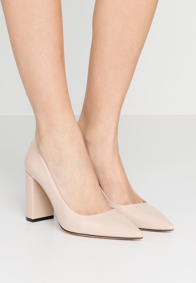 EXCLUSIVE INES CHUNKY  - Escarpins à talons hauts - nude