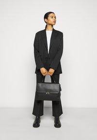 Maison Hēroïne - AUDREY - Laptop bag - black - 0