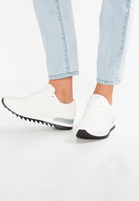 Anna Field - Zapatillas - white - 0