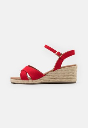 WIDE FIT YABBY CROSS VAMP LOW WEDGE - Espadryle - bright red