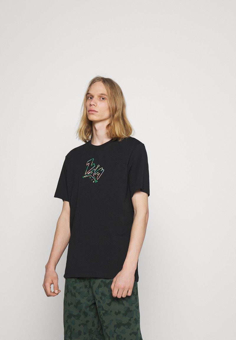 Jordan - BRAND JUMPMAN AIR - Print T-shirt - black