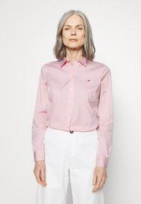 Tommy Hilfiger - ESSENTIAL - Button-down blouse - pink grapefruit - 0