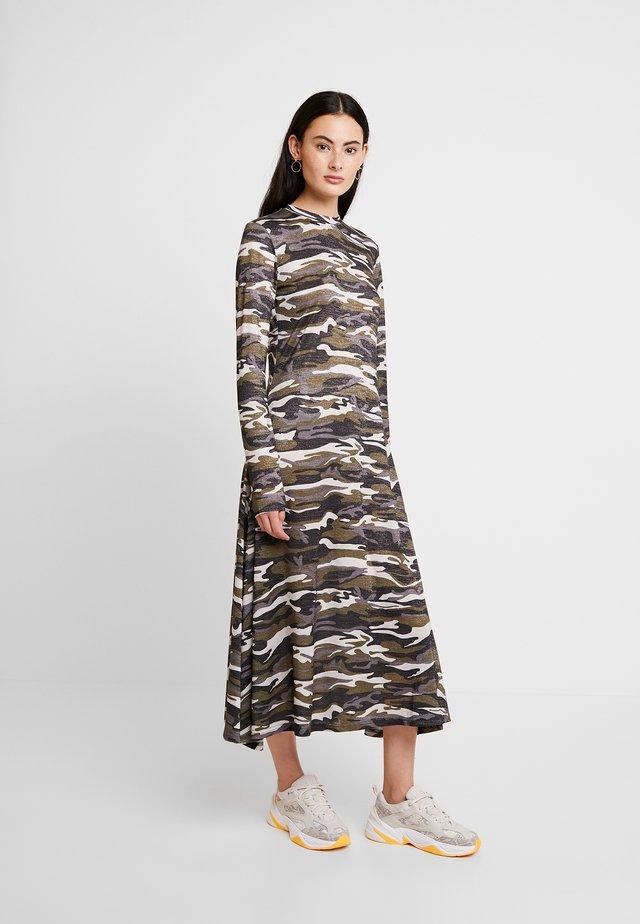 PARIS DRESS - Vestito di maglina - khaki