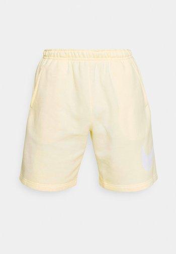 CLUB - Shorts - coconut milk/coconut milk