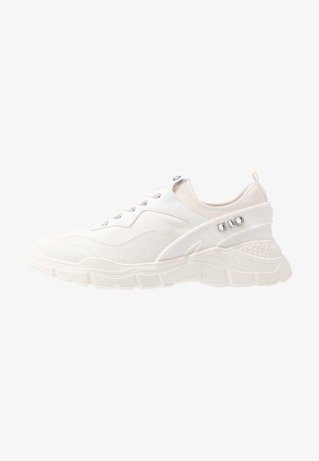 BON  - Sneakersy niskie - milk