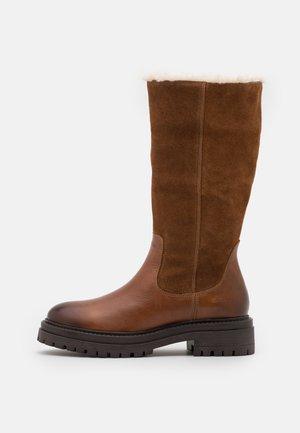 IRIDEA - Winter boots - cognac