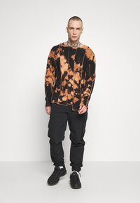 Jaded London - BLEACHED CUT AND SEW EXPOSED SEAM - Long sleeved top - black - 1