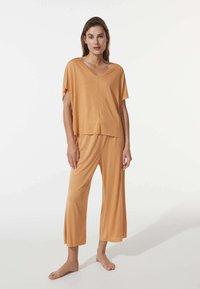 OYSHO - Pyjama bottoms - yellow - 1