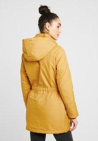 ONLY - ONLIRIS - Vinterkåpe / -frakk - golden yellow - 3