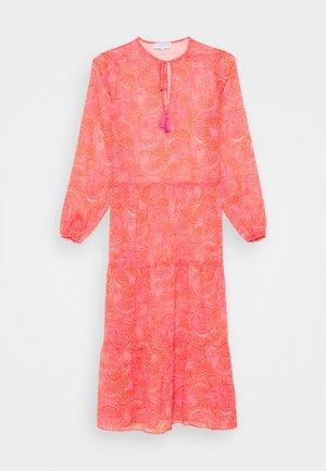 SHEER PAISLEY MIDAXI DRESS - Vardagsklänning - pink