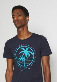 s.Oliver - Print T-shirt - dark blue - 4