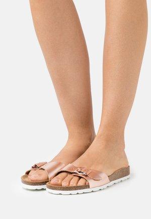 ONLMADISON LEATHER SLIP  - Domácí obuv - rose gold