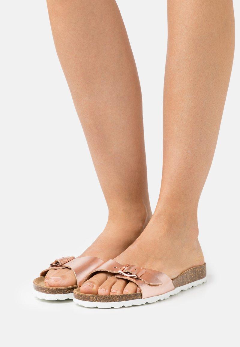 ONLY SHOES - ONLMADISON LEATHER SLIP  - Domácí obuv - rose gold
