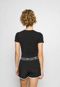 Champion - T-shirts med print - black - 2