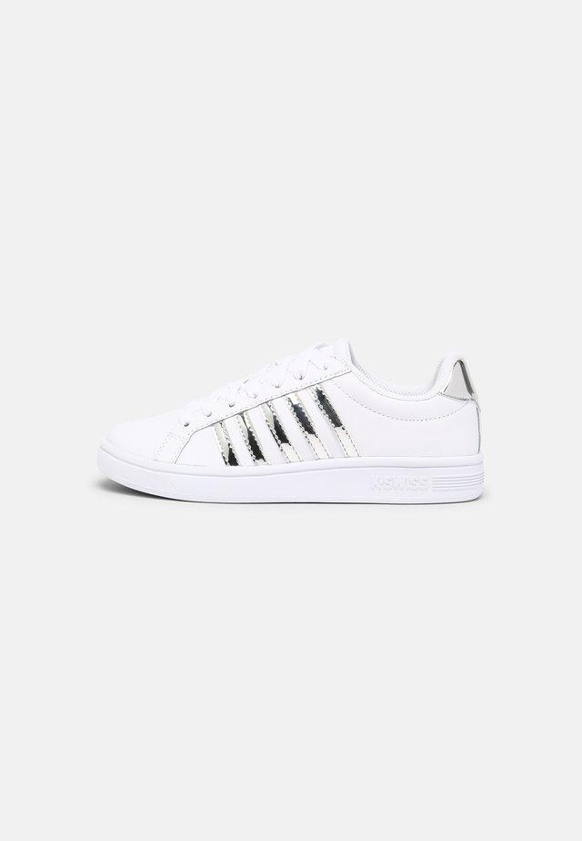 COURT TIEBREAK - Sneakers laag - white/silver