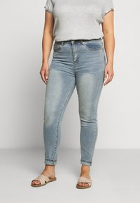 Glamorous Curve - Jeans Skinny Fit - vinatge light wash - 0