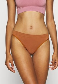 Out From Under for Urban Outfitters - MARKIE PANT 3 PACK - Briefs - rose/orchid/caramel - 4