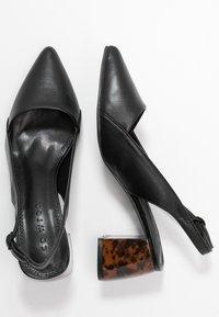 co wren wide fit - Escarpins - black - 3