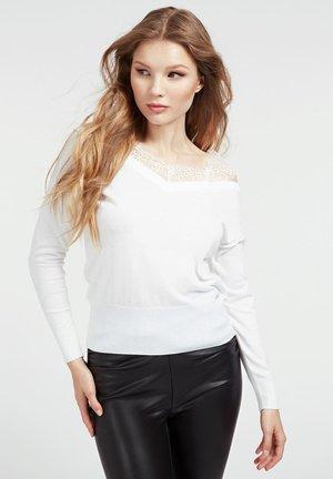 ORIELLA V-NECK - Jumper - bianco