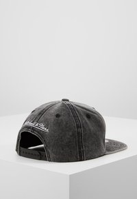 Mitchell & Ness - NBA BROOKLYN NETS SNOW WASHED NATURAL SNAPBACK - Keps - black - 3