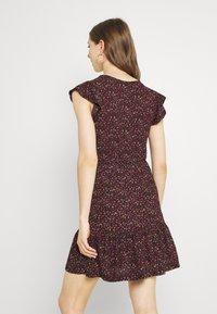 JDY - JDYGITTE SVAN CAPSLEEVE DRESS - Vestito estivo - black/pink - 2